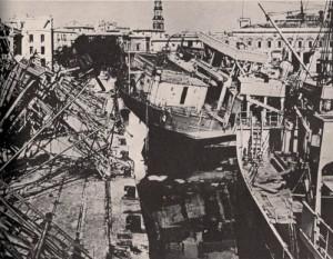 1943-Napoli-molo-bombardato