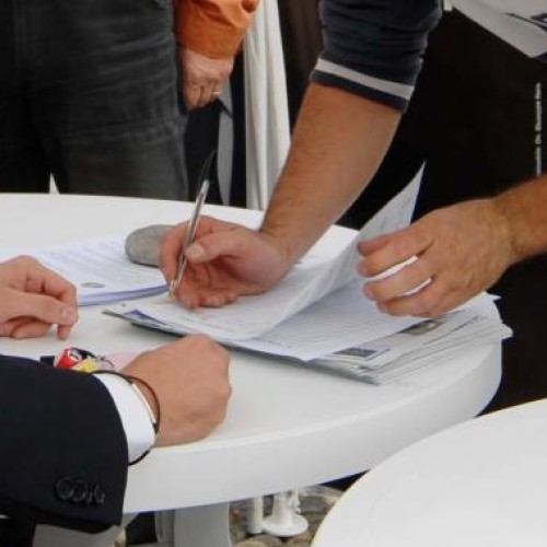 UNIVERSITA': OGGI IL M5S IN 16 REGIONI PER IL FIRMADAY