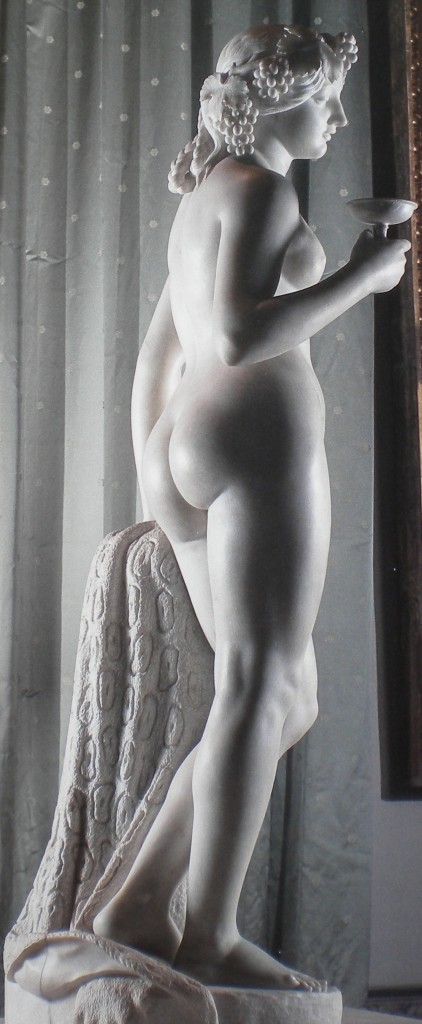 fig. 14 - Tommaso Solari - Baccante - marmo - 172 - 55 - 62 - Napoli museo di Capodimonte