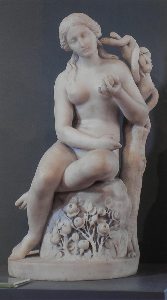 fig. 9 - Tito Angelini - Eva - marmo bianco - ante 1902 - 50 - 28 - 24 - Napoli Galleria dell'Accademia di Belle Arti (2)