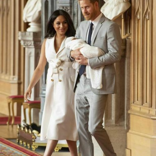 Harry e Meghan: basta Sussex Royal, è nata la fondazione Archewell